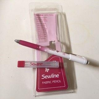Sewline Fabric Pencil  met witte refill. .JPG
